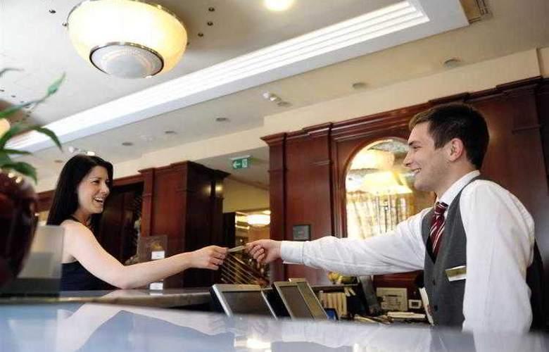 Best Western Premier Astoria - Hotel - 100