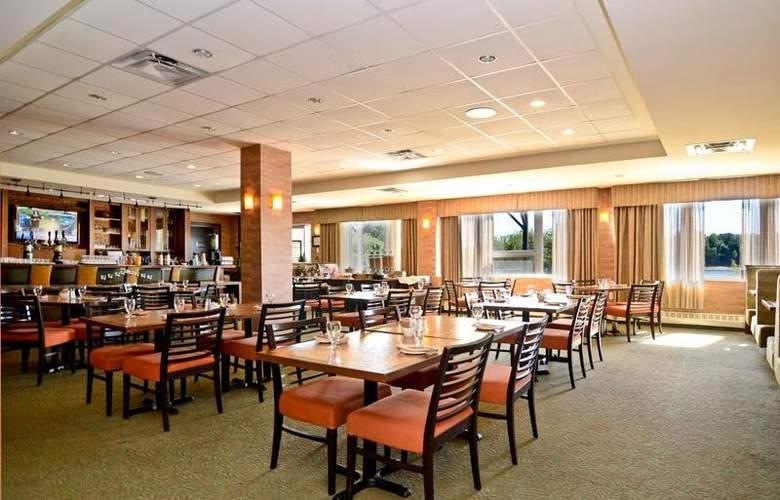 Best Western Chocolate Lake Hotel - Restaurant - 105