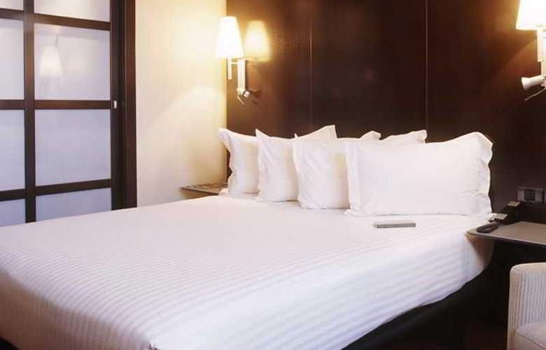 AC Valencia by Marriot - Room - 13