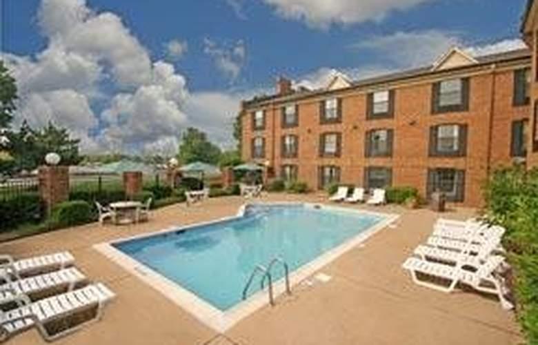 Comfort Inn - Pool - 5