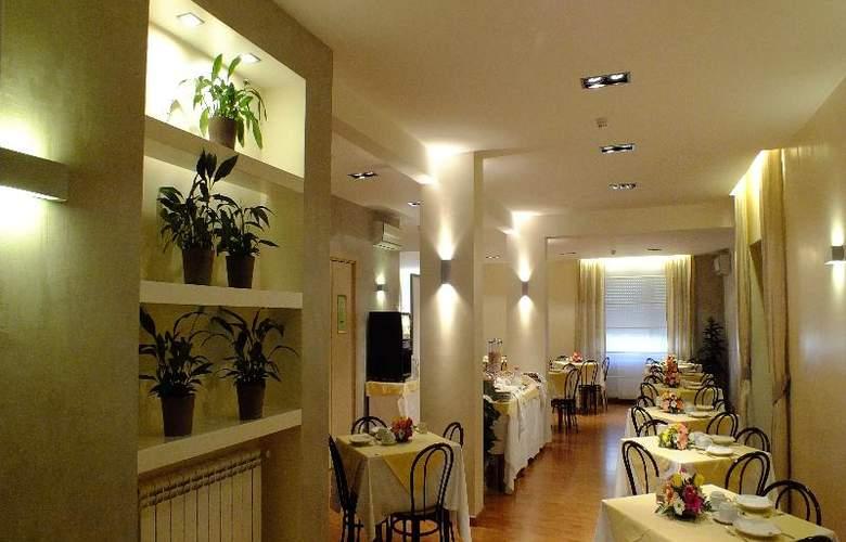 Consul - Restaurant - 19