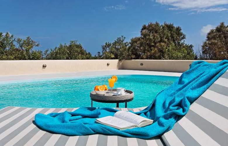 Sienna Residences - Pool - 2
