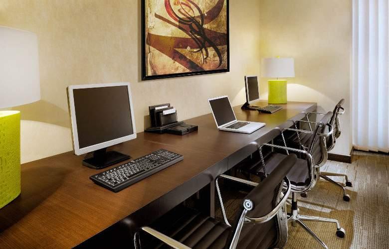 Residence Inn by Marriott - Hotel - 3