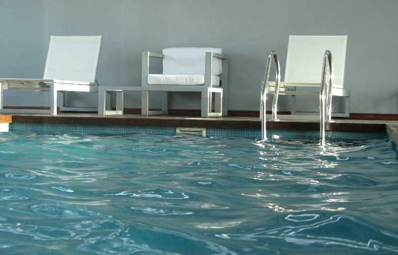 Monserrat Apart Hotel - Pool - 13