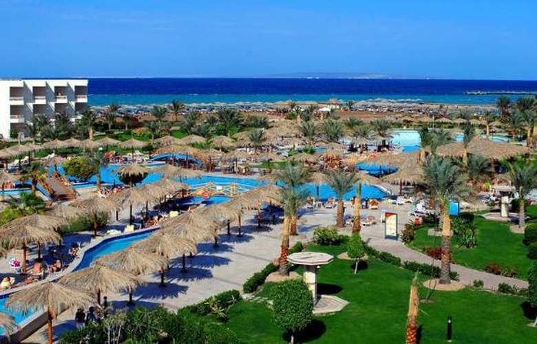 Hilton Long Beach Resort - Pool - 22
