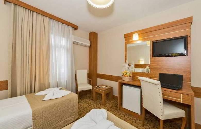 Selenay Hotel - Room - 8
