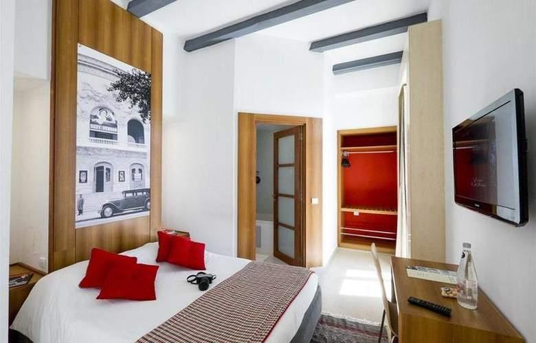Carlton Tunis - Room - 9