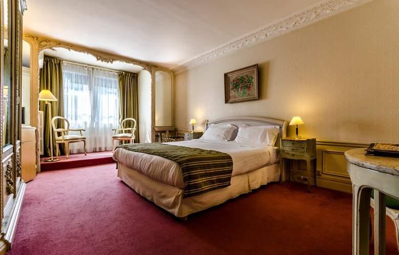 Langlois - Room - 9