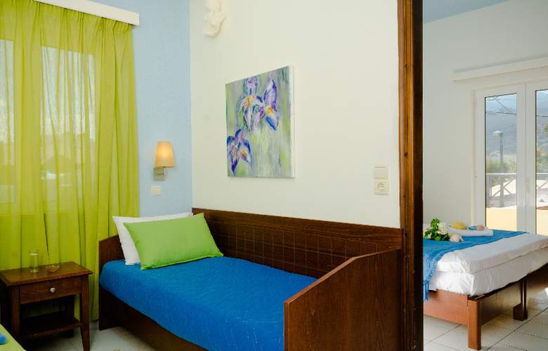 Philoxenia Hotel and Apartments - Room - 5