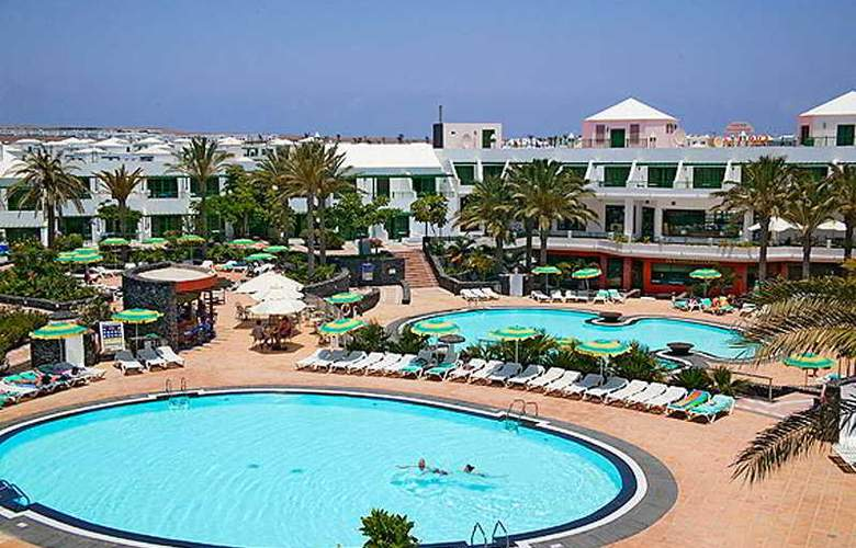 Cay Beach Sun - Pool - 4