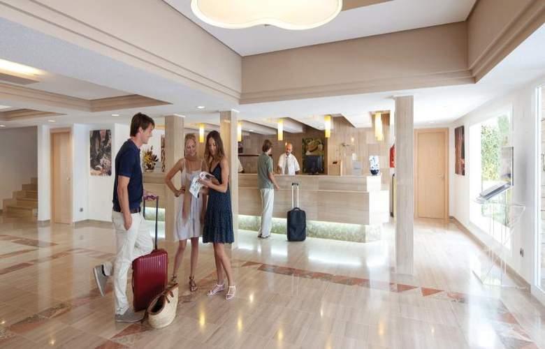 Hotel Riu la Mola - General - 14