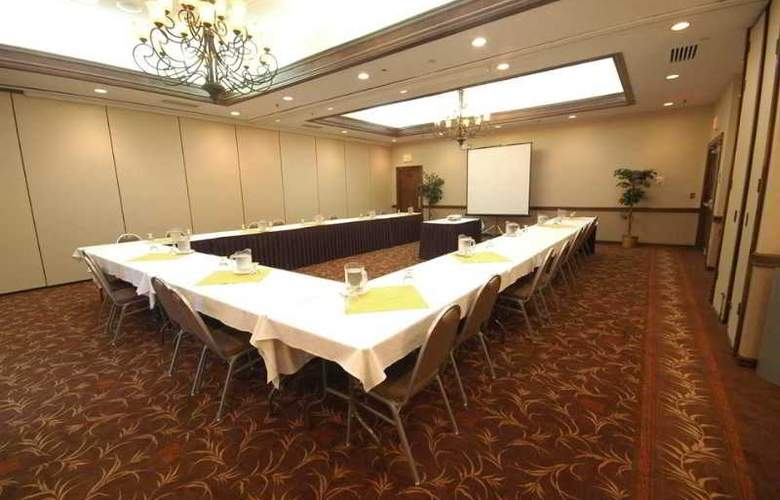 DoubleTree by Hilton Hotel Rocky Mount - Conference - 13