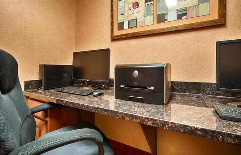 Best Western Plus San Antonio East Inn & Suites - Conference - 122