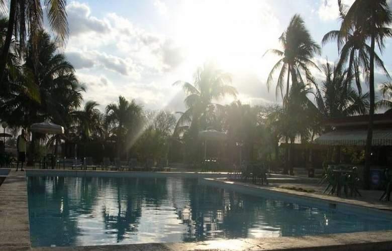 Villa Bacuranao - Pool - 10