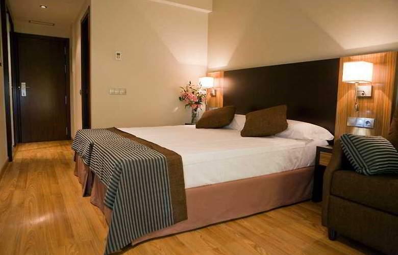 Conilsol Hotel y Aptos - Room - 7