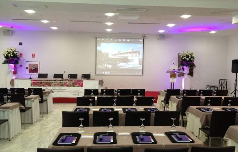 Jardines de Lorca - Conference - 23