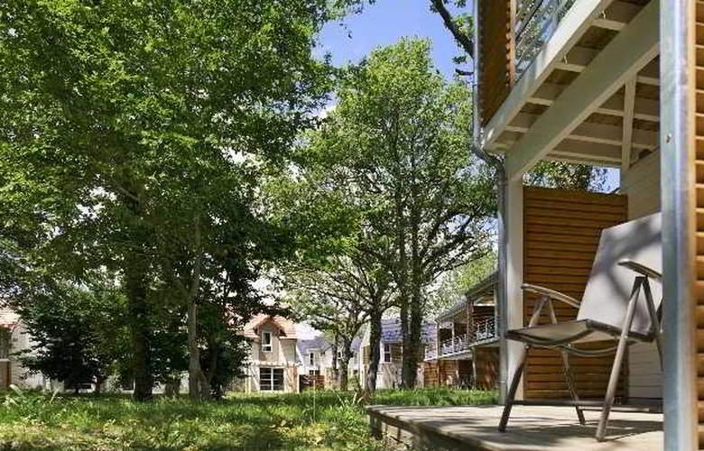 Pierre et Vacances Le Domaine du Bois de la Gree - Terrace - 11