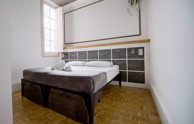 Casa Gracia Barcelona Hostel - Room - 23
