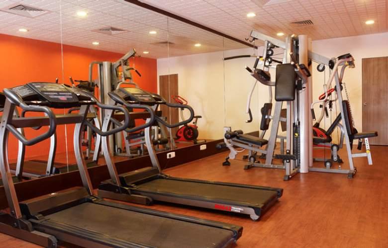 Citrus Hotels Sriperumbudur - Sport - 5