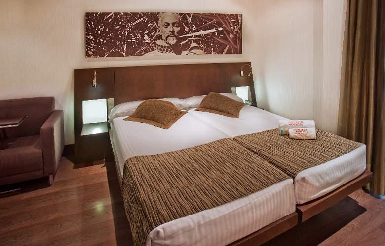 Petit Palace Marques Santa Ana - Room - 1