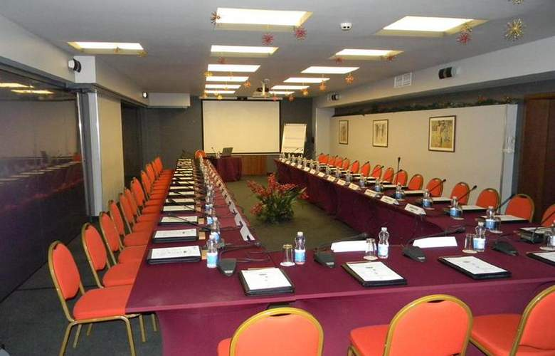 Best Western Premier Collection City Sofia - Conference - 64