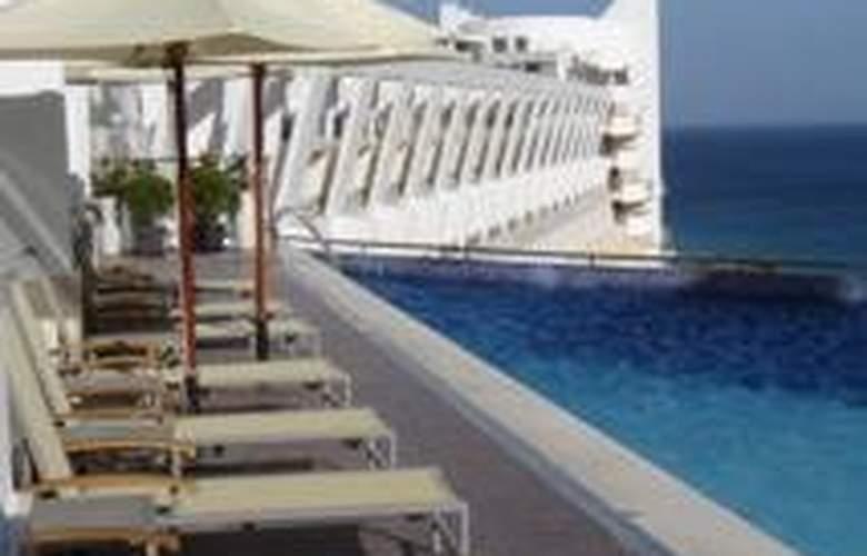 Sesimbra Hotel and Spa - Pool - 5