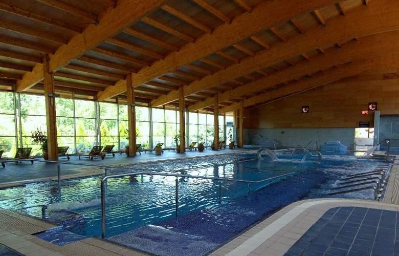 Balneario de Benito - Pool - 3