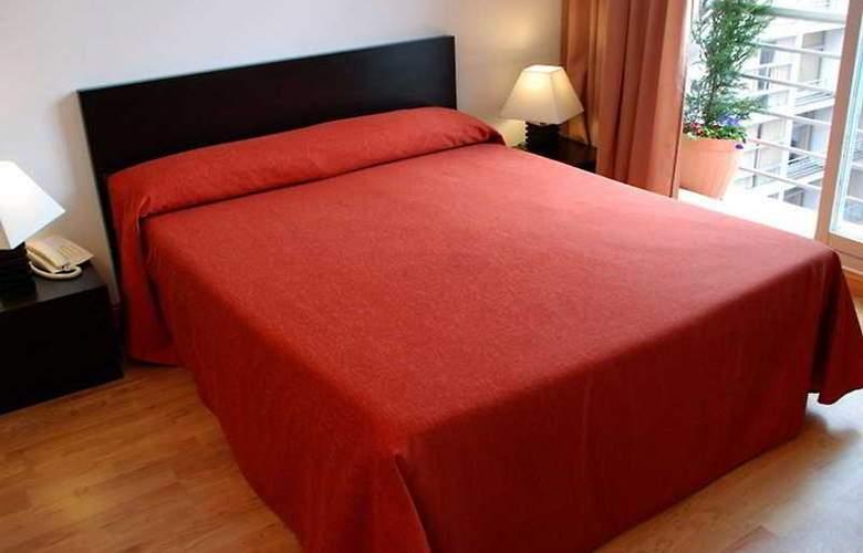 Be Smart Madrid Albufera - Room - 1