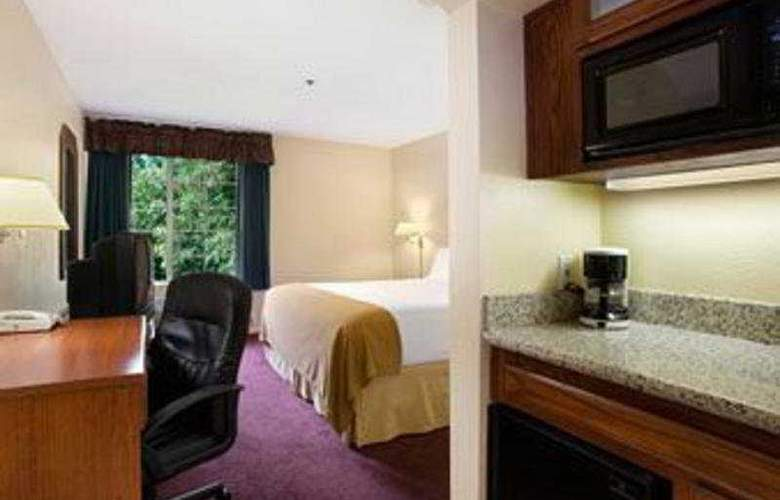 Holiday Inn Express Hotel & Suites - Room - 2
