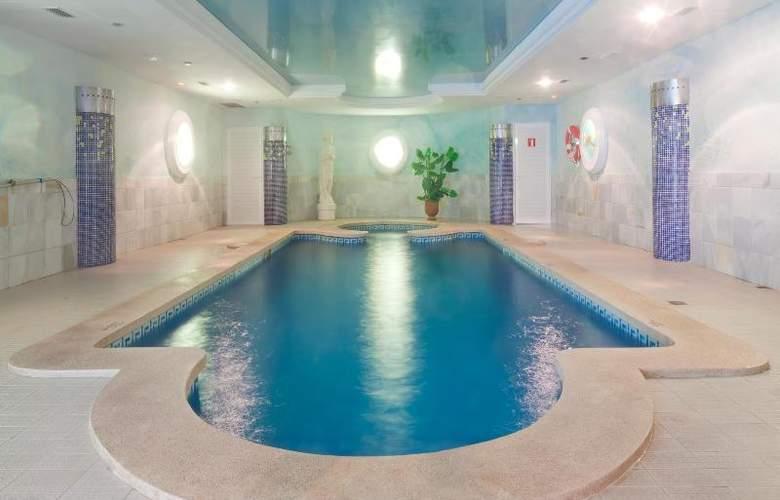 La Pergola Aparthotel - Pool - 57