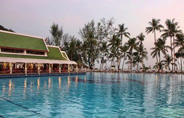 Le Meridien Phuket Beach Resort - Pool - 20