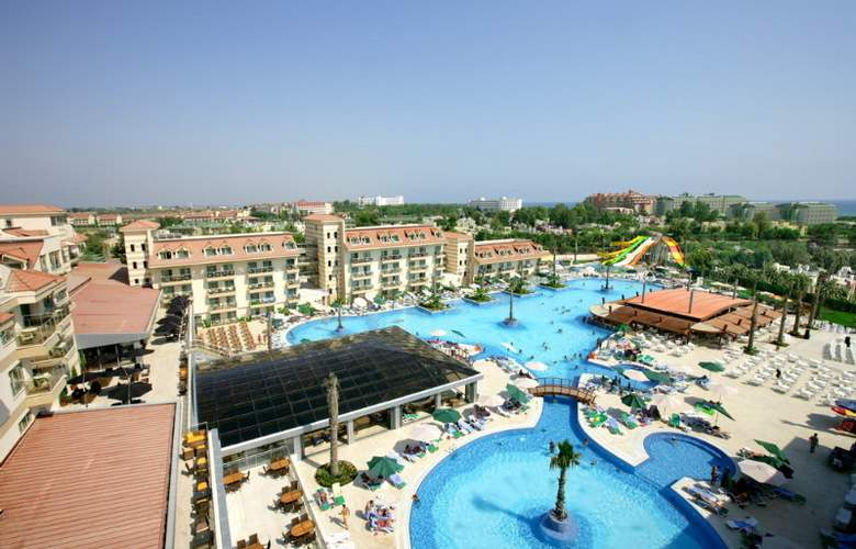 Golden Imperial Resort - Hotel - 0