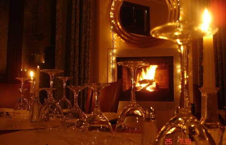 Maritsas Hotel Suites - Bar - 3
