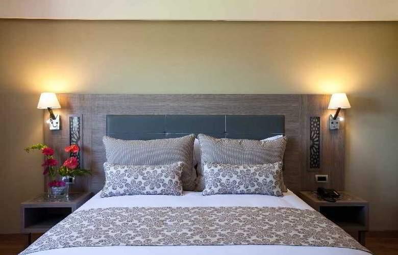 Atlas Sky Airport Hotel - Room - 16