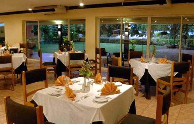 Galway Miridiya Lodge - Restaurant - 5