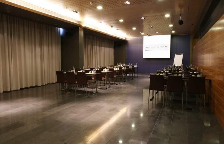 Occidental Atenea Mar  - Conference - 19