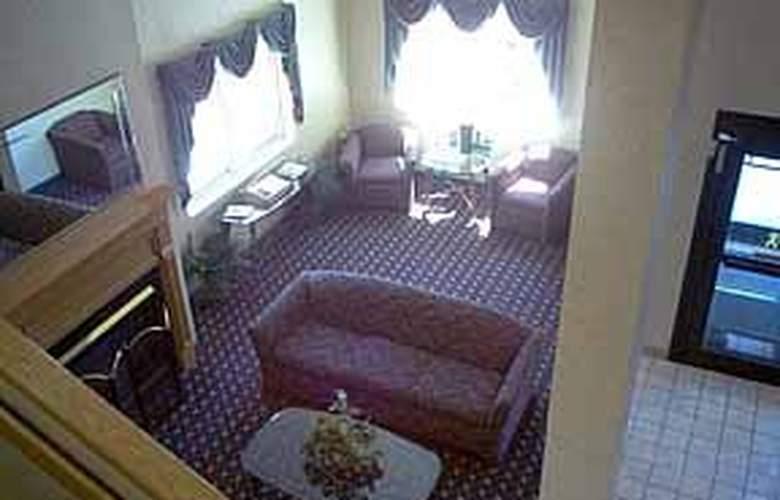 Sleep Inn & Suites Buffalo Airport - General - 2