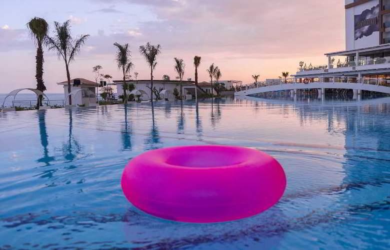 Sirius Deluxe Hotel - Pool - 8