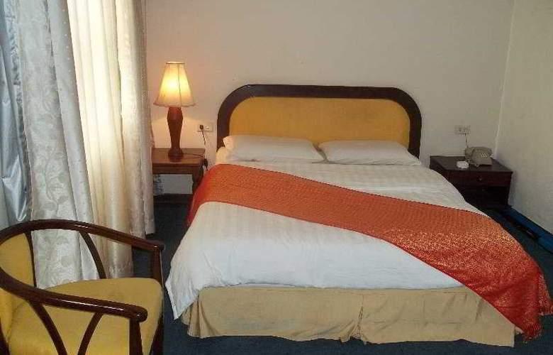 Asian Pavilion Hotel - Room - 1