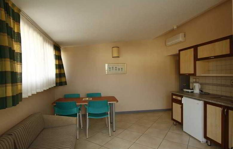 Greenmar Apart - Room - 9