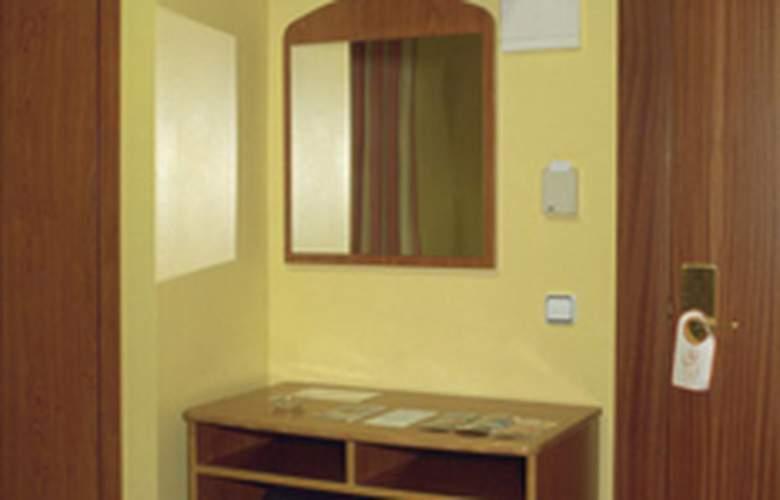 Athene Neos - Room - 1