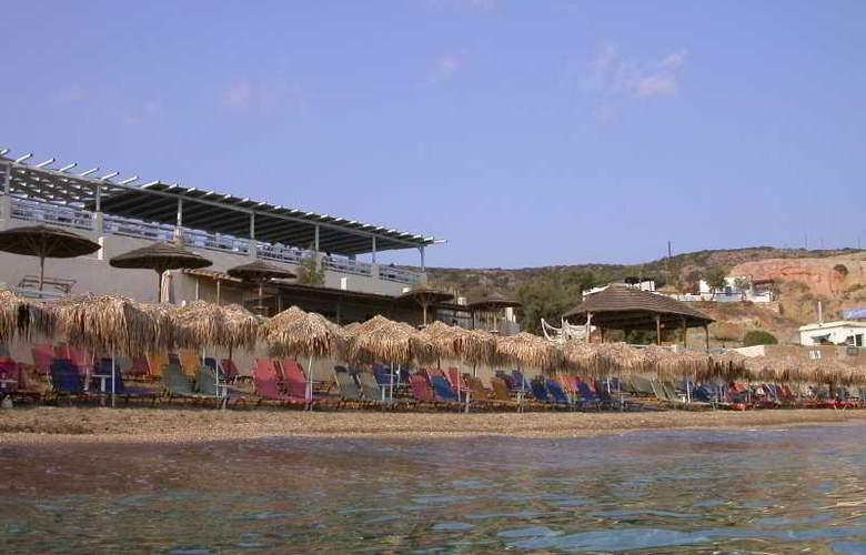 Artemis Bungalows - Beach - 7