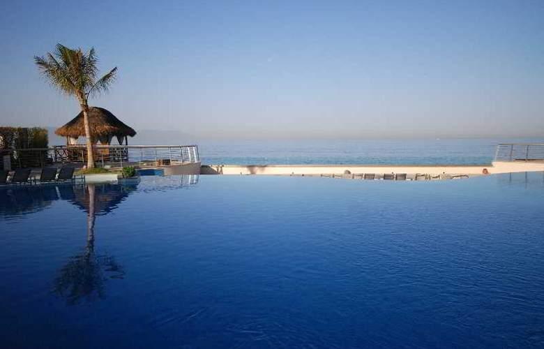 Sunset Plaza Beach Resort & Spa - Pool - 8