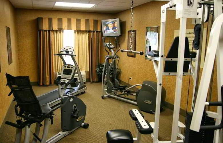 Hampton Inn and Suites Brownsville - Sport - 10