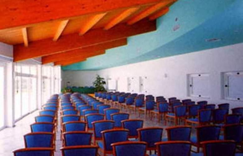 Luna Lughente - Conference - 5