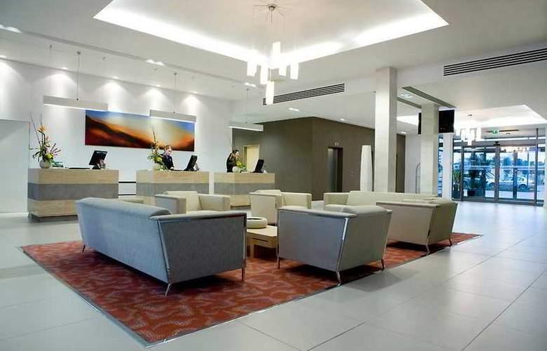 Radisson BLU Waterfront Hotel - General - 2