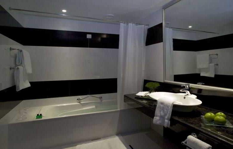 Pestana Carlton Madeira Ocean Resort Hotel - Room - 16