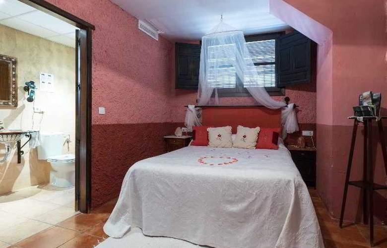 Palacio Guzmanes Hospederia Rural - Room - 13