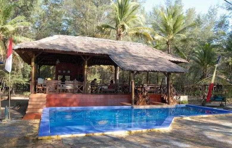 Gazebo Meno Lombok - Pool - 4