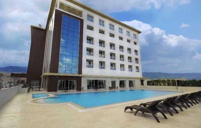 Grand Pasha Hotel & Casino - Hotel - 0